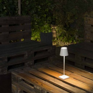 Outdoor Portable Lamp LED Toc  (2,2W)