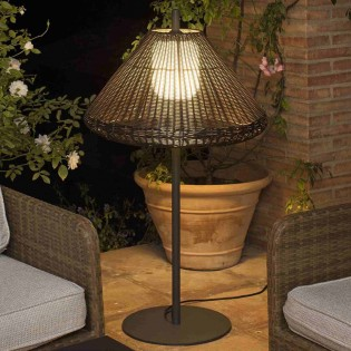Hue Customizable Outdoor Lamp