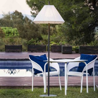 Hue III Customisable Outdoor Lamp